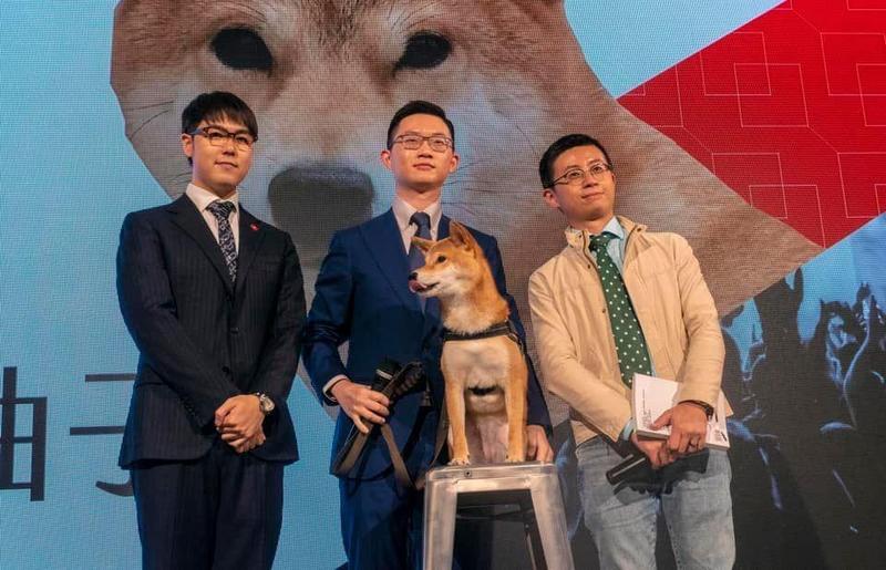 歡樂無法黨宣布正式成為台灣第365個合法政黨;圖由左至右為志祺七七、視網膜、呱吉。(翻攝自歡樂無法黨臉書)