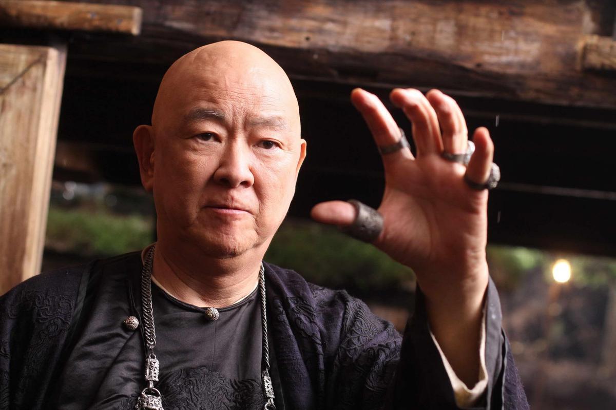 王羽在《武俠》扮演七十二煞地主,堪稱是真正的大反派。(甲上娛樂提供)