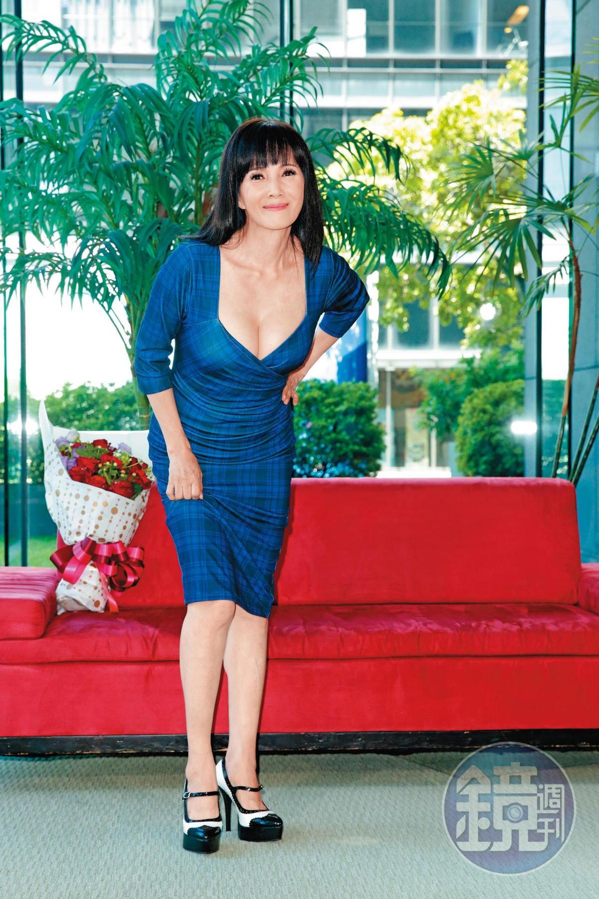 演出多齣鄉土劇的丁國琳,目前的經紀人也是李湧。