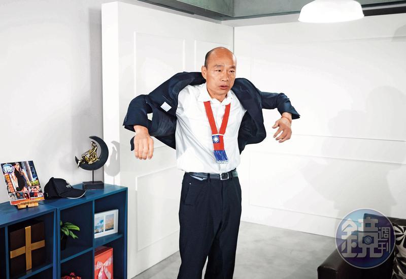 韓國瑜在高雄市長選舉時,跑基層就瘦了5公斤,現在跑總統選舉行程,又瘦了4公斤。(楊子磊攝)