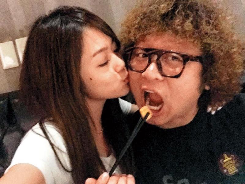 林千又最知名的前男友是納豆,但她搞出一堆麻煩,帶屎納豆。(翻攝自納豆微博)