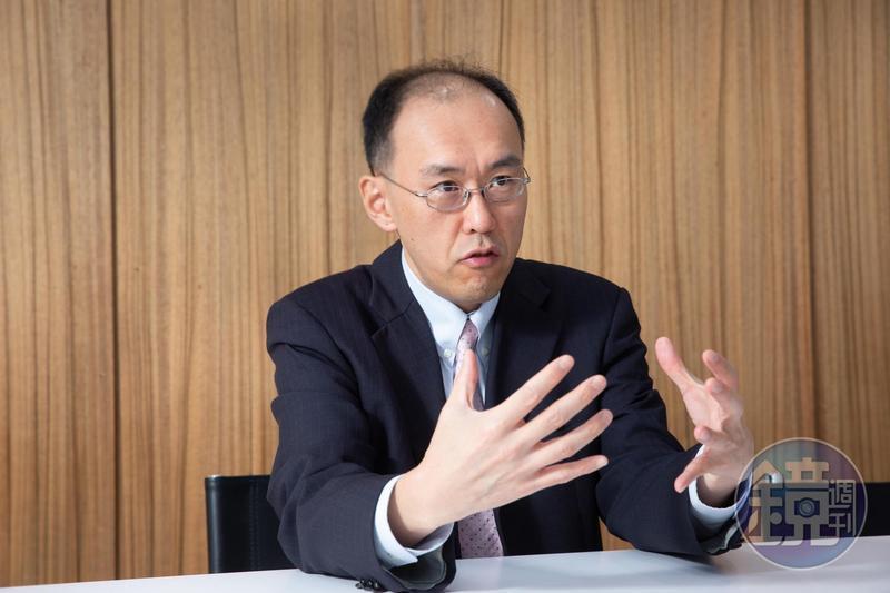 公勝保經戰略長李正偉強調,宣告利率不是保證,主管機關正在研議規範平穩機制。