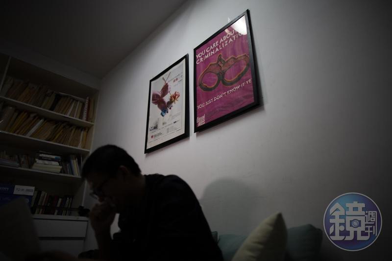 衛福部疾病管制署推估,台灣僅有84%的愛滋感染者接受篩檢,知道自己是感染者,成績未達預期,主因還是跟歧視有關。