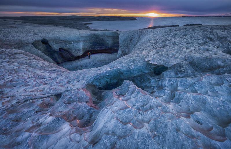 擁有自然美景和豐富資源的冰島,近年成為比特幣挖礦的大本營。(東方IC)