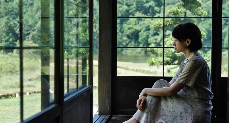 電影裡李心潔飾演的女主角張雲林是姊姊。(甲上提供)