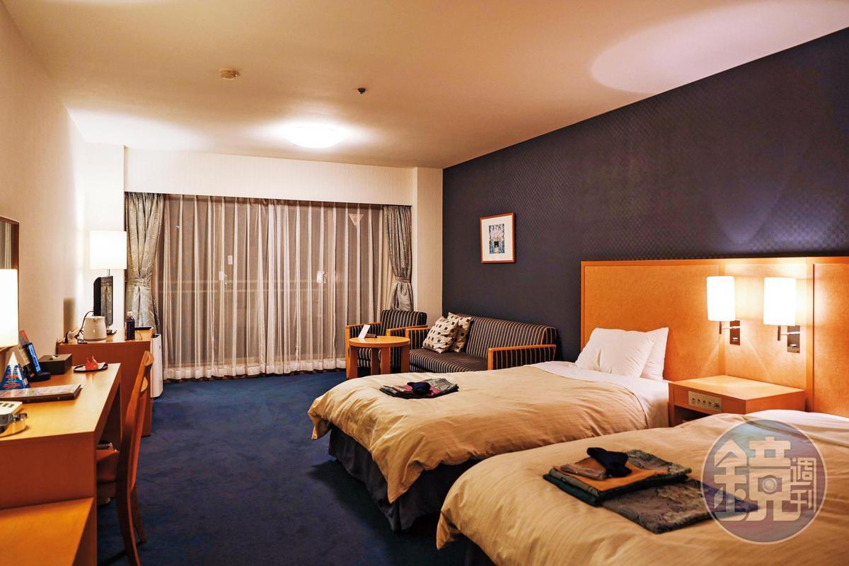 「富士景觀飯店Fuji View Hotel」的客房以洋式為主,空間還算寬敞。