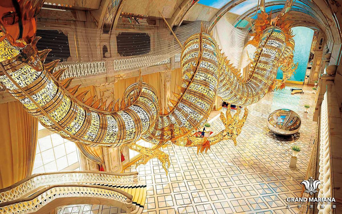 吳佩慈不僅砸錢,還親自設計水晶巨龍送給準婆婆,設計圖看起來很氣派,實際卻差很大。(翻攝自博華皇宮官網)