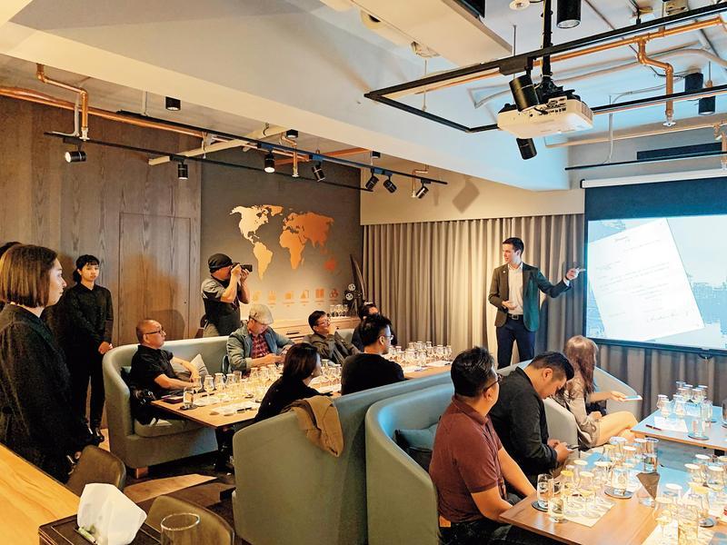 百加得品牌大使馬修的首度亞洲行,在台灣舉辦全酒廠品飲會,口碑好評不斷!