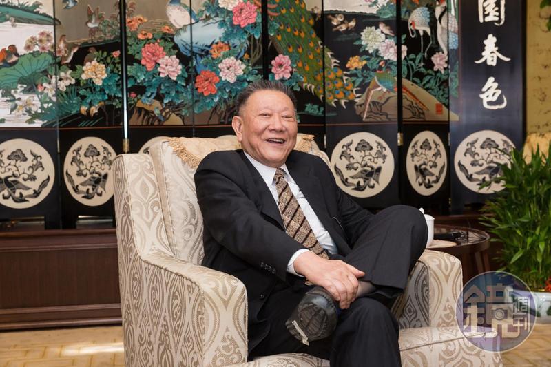 沈慶京受訪時透露,未來京華城這塊地將興建成4棟商辦,且會記取教訓,「除了外觀新穎,還要動更多腦筋。」