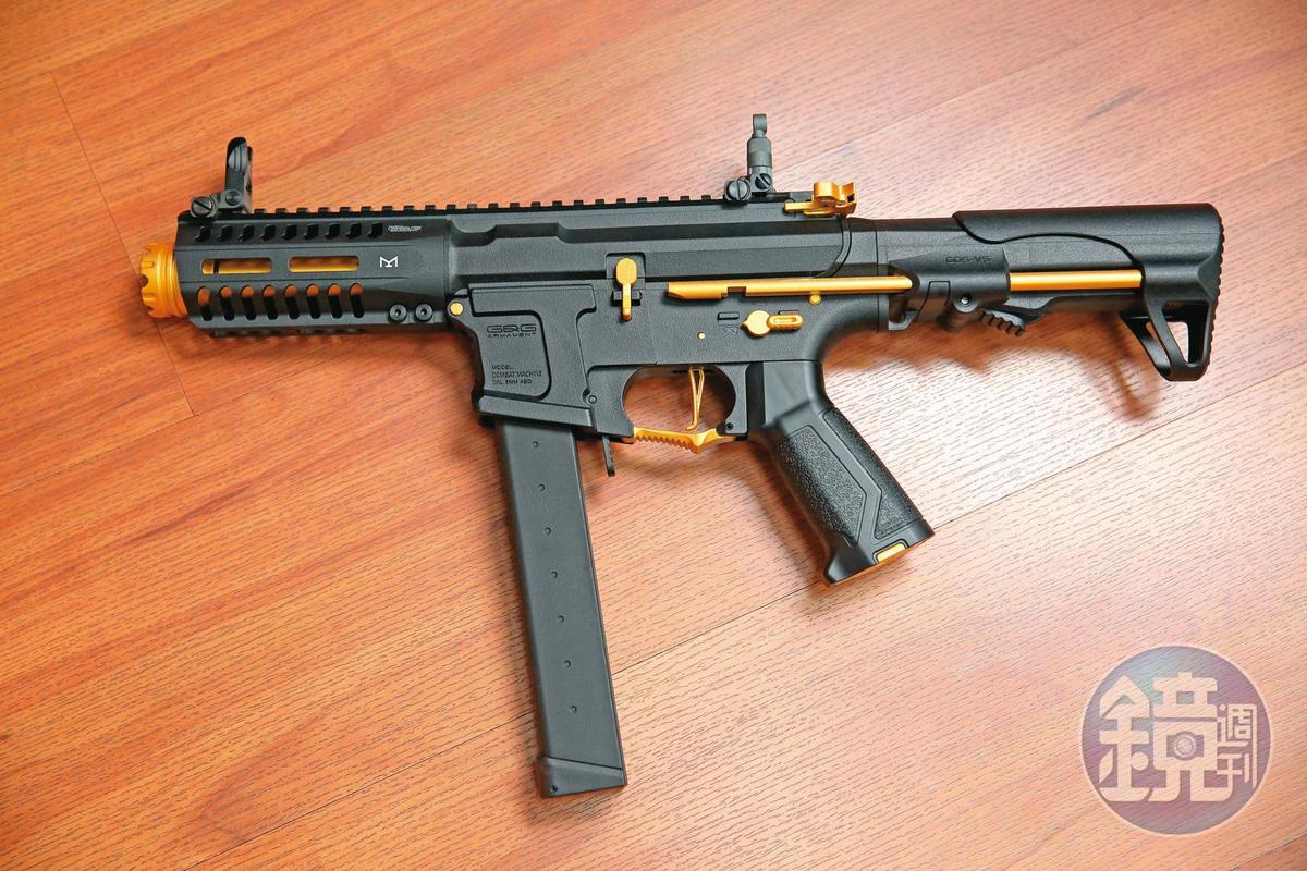 ARP9衝鋒槍,是去年全球軟氣槍玩家票選出的最佳電動槍。(6,200元/支)