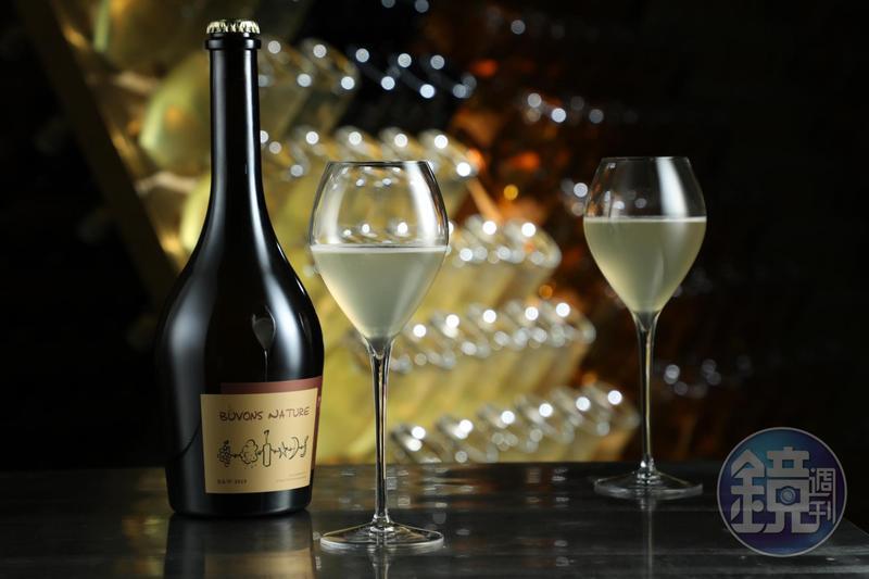 由林裕森主導的「B&W釀酒實驗計畫」找來「威石東酒莊」合釀酒,在「Buvons Nature 喝自然葡萄酒展」限量發售。