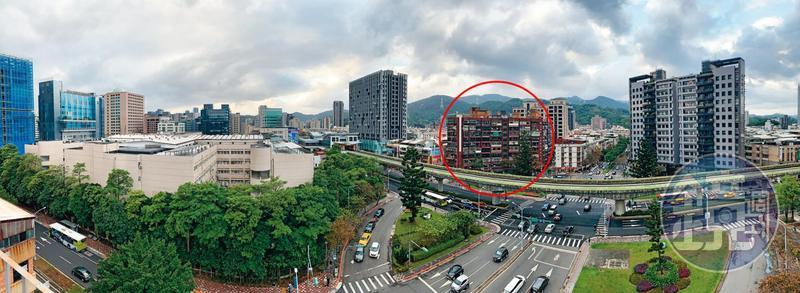 明園大廈(紅圈處)距離內科不過300公尺,殘破的外觀與左右高聳聳的新穎大樓形成強烈對比。