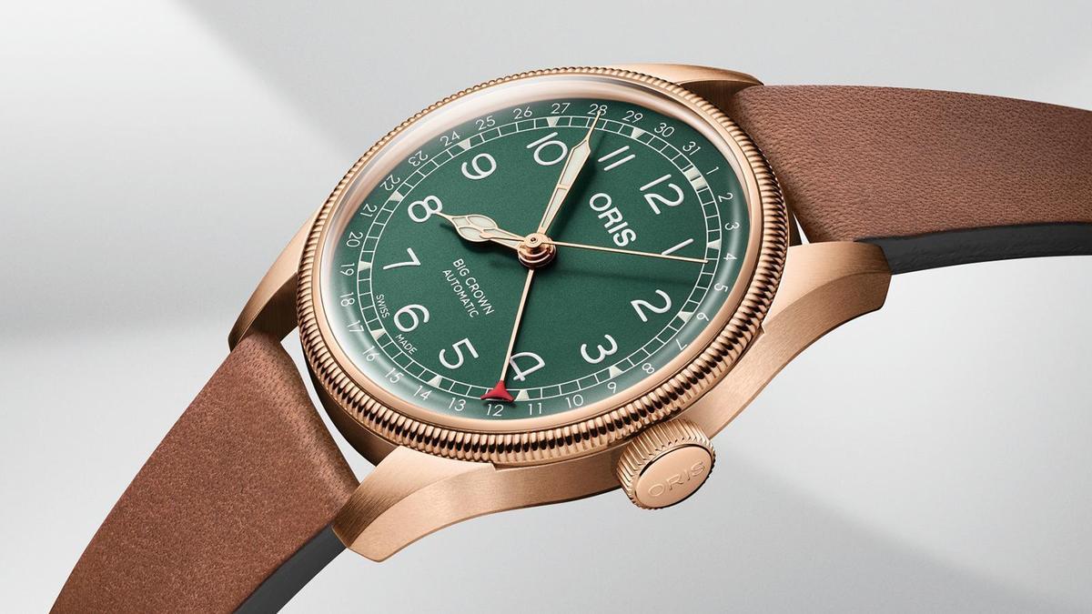 錶徑40mm、時間及日期指示、自動上鏈機芯、建議售價NT$ 60,000