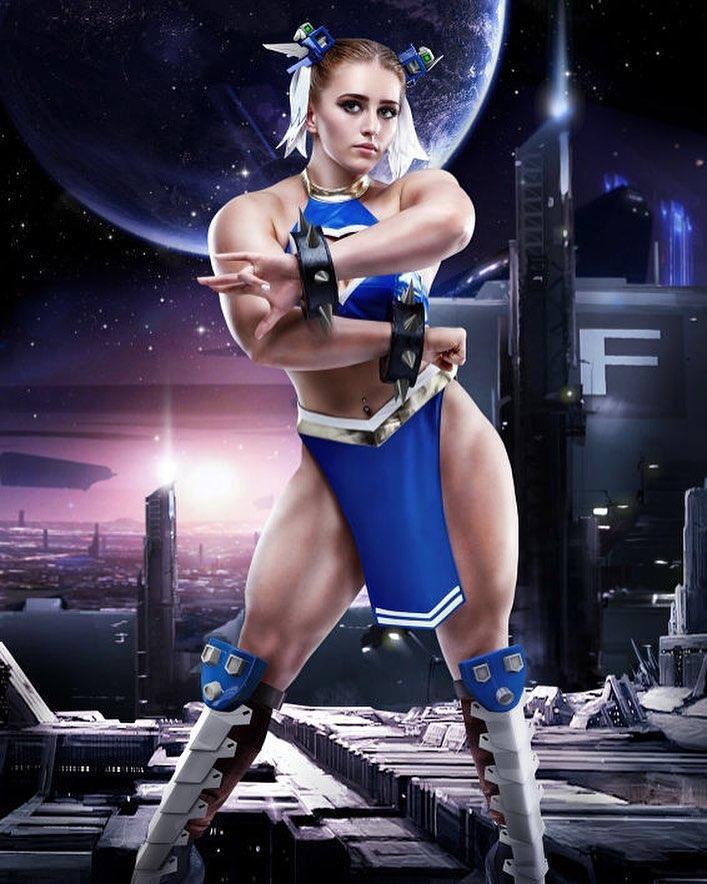 俄羅斯肌肉美少女Julia Vins曾嘗試扮演春麗。(翻攝自julia_vins IG)