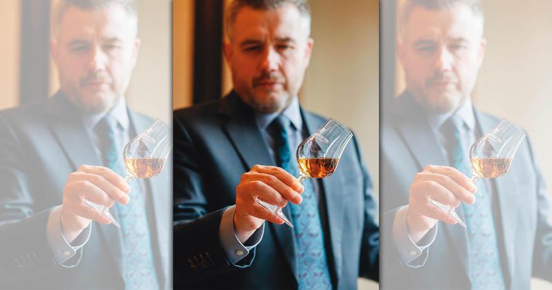 皇家禮炮首席調酒師Sandy Hyslop今年7月在首爾發表全新的21年、重新打造皇家禮炮的王者風範。