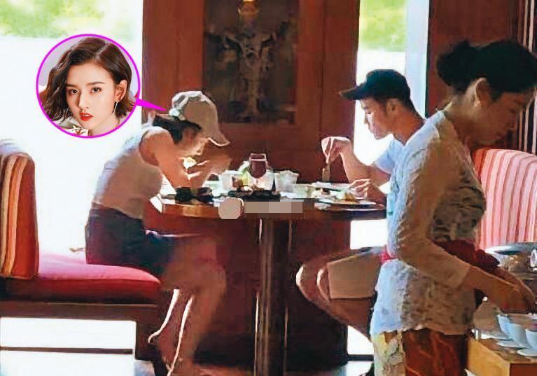網友直擊阮經天與小16歲對岸女星宋祖兒在峇里島約會,但有網友澄清他們是去工作而已。(翻攝自搜狐娛樂微博)