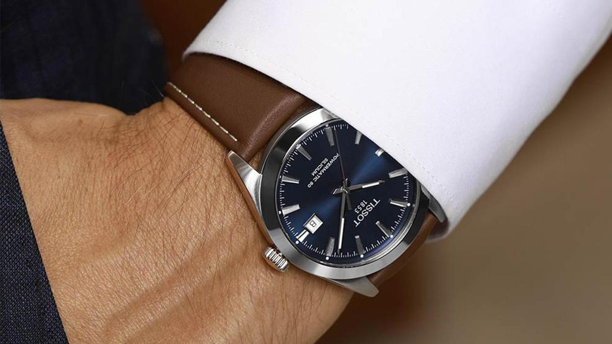 天梭向來是不少人的第一只機械錶入門,今年年底推出的紳士系列自動腕錶,外型和規格都很出眾,以高性價比獲得不少好評。錶徑40mm、時間及日期指示、自動上鏈機芯、建議售價NT$ 23,600