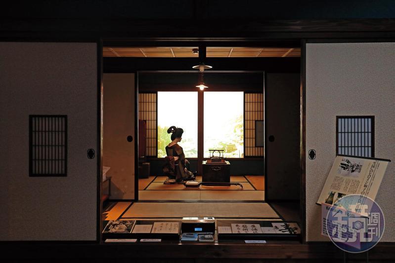 「雪國館」以川端康成小說《雪國》中藝伎形象布置的房間場景,無論是否讀過小說,都能投入當時的情境。