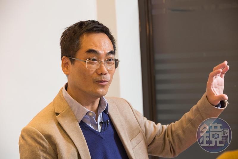 洪志賢認為,長線外資通常都會選擇績優公司買進,因此跟著外資選股,便能事半功倍。