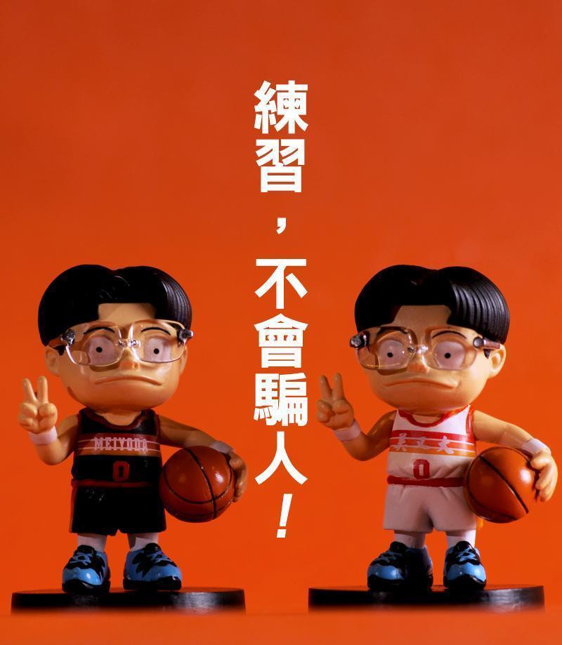 《宅男打籃球》Q版公仔集資計畫12月28日晚間在嘖嘖啟動,每個角色都是洪元建細心監修。(洪元建提供)