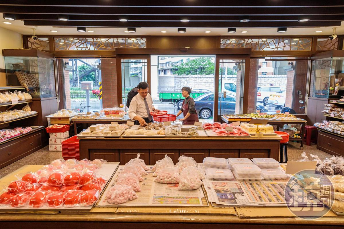 「汐止紅龜店」創立於1897年,已有百年歷史。