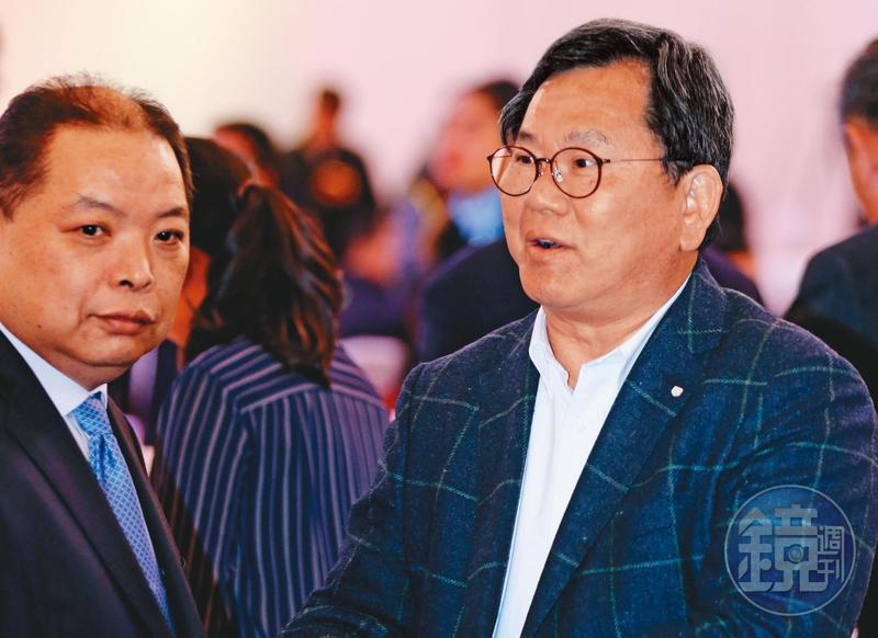 立委陳明文(右)這次因高鐵300萬元事件選得格外艱困,他仍再表態有意角逐立法院長大位。(攝影組)
