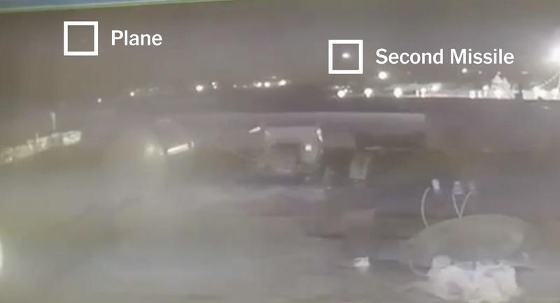 客機遭到2枚飛彈前後擊中,駕駛曾試圖將飛機導向飛回機場,但最終仍因機組受損嚴重,最終在機場附近墜毀。(翻攝自紐約時報)