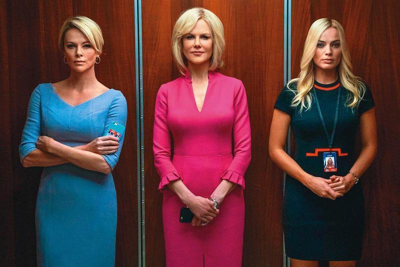 莎莉賽隆(左起)、妮可基嫚和瑪格羅比主演《重磅腥聞》,3位金髮主播、3種被性騷擾的遭遇和反應,3位女星以精湛演出,讓這部真人實事電影更具震撼性。(車庫娛樂提供)