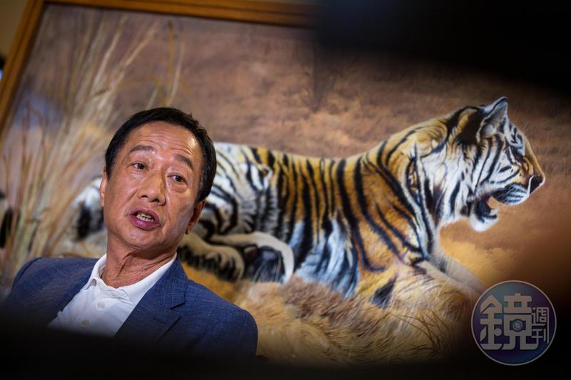 生肖屬虎的鴻海創辦人郭台銘,2019年果真犯太歲、流年不順。