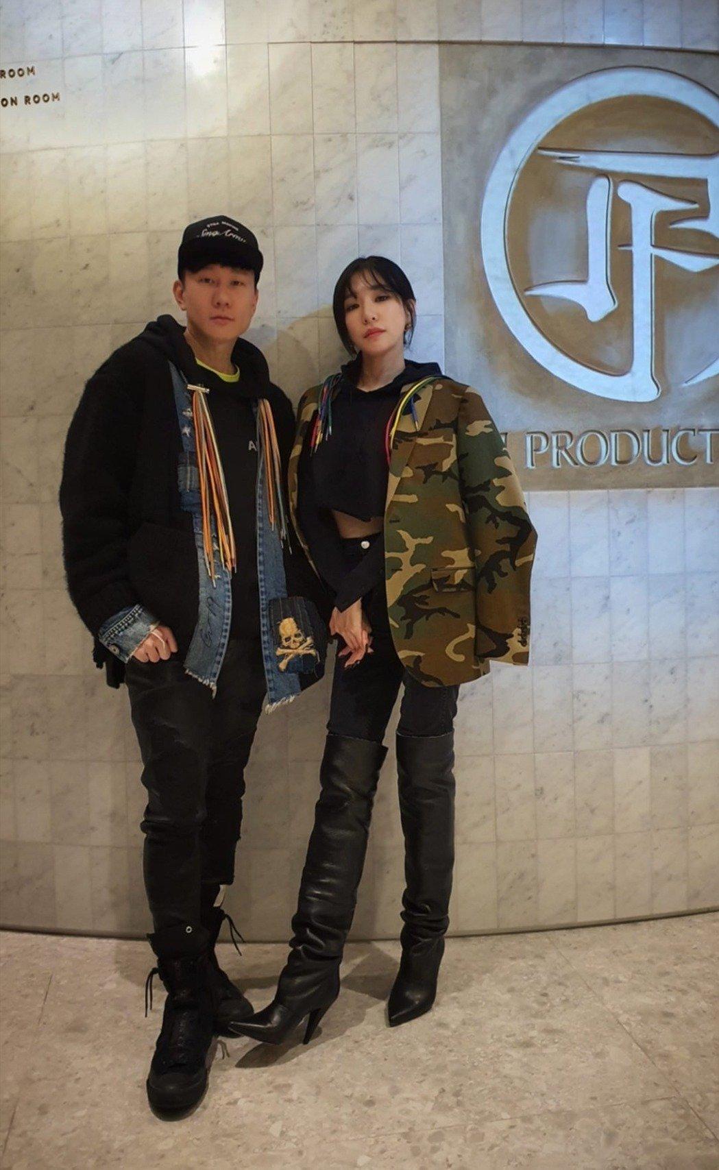 JJ林俊傑與Tiffany交情甚篤,歌迷敲碗期待2人有音樂合作。(翻攝IG)