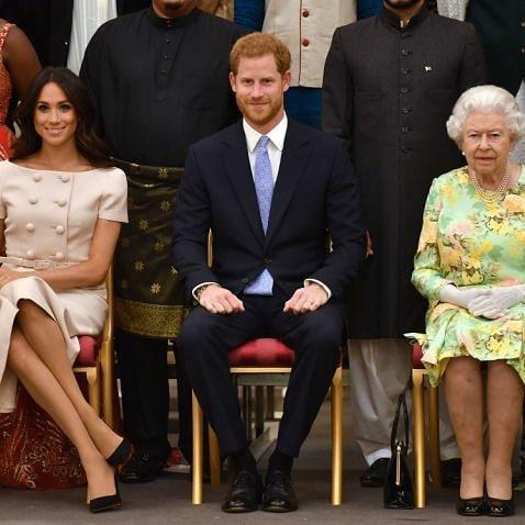 哈利與梅根的出走,可能成為王室「品牌」的重大威脅。(網路截圖:facebook/Sussex Royal)