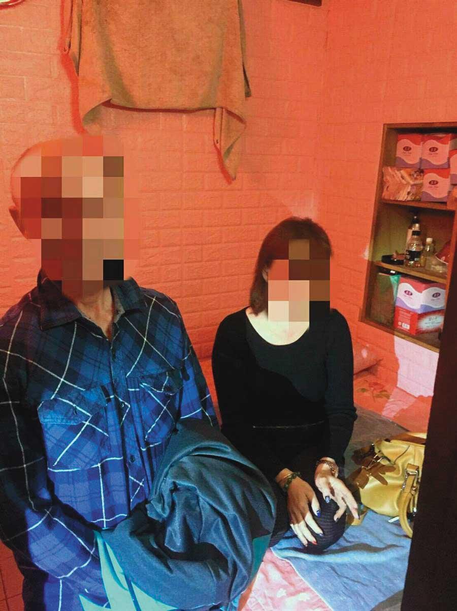 命案後警方加強掃蕩,隔月在命案現場旁的私娼寮查獲性交易。(翻攝畫面)
