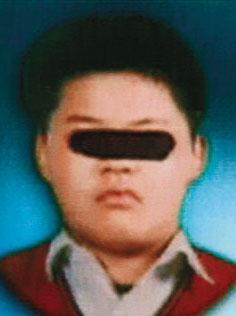 主嫌小峰犯案時年僅15歲(圖),共犯小銓犯案時11歲,還是個國小學生。(翻攝畫面)