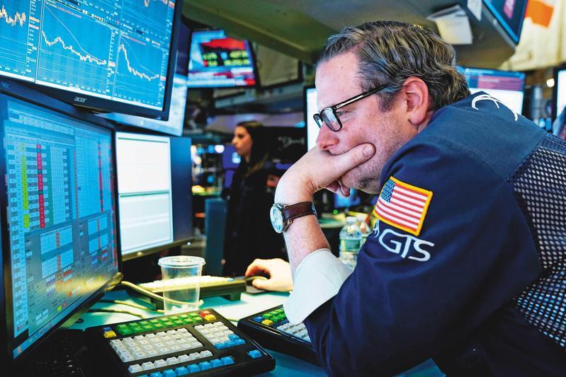 武漢肺炎疫情升溫,全球各地陸續出現患者,投資人的恐懼程度,都在市場反應出來。(達志影像)