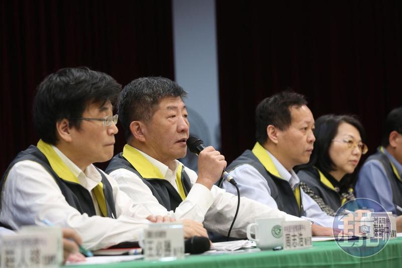 武漢肺炎疫情持續延燒,指揮中心今日已證實多出5名確診患者。