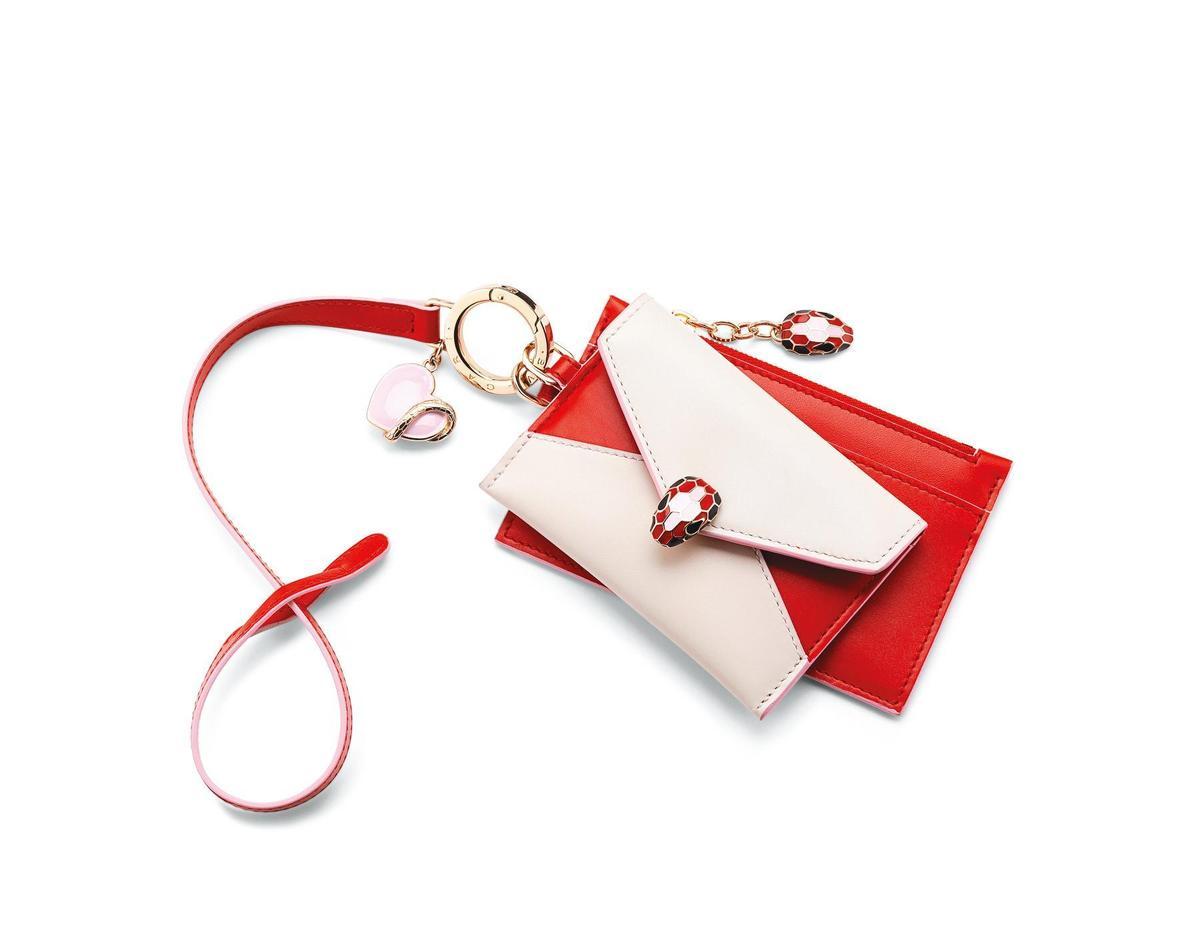 情人節限定色小牛皮零錢包與色卡夾兩件組 NT$23,900(寶格麗提供)