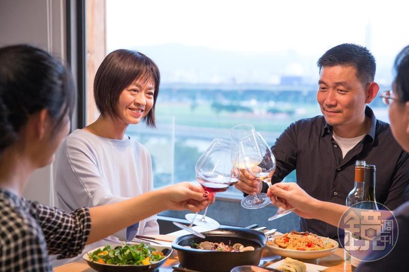 飲食生活作家葉怡蘭每到歲末年終都會回顧年度美好的10頓飯。