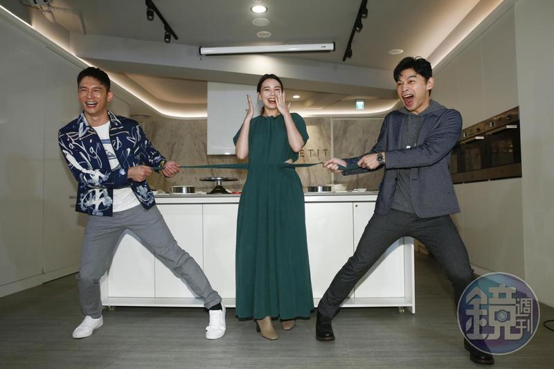 溫昇豪(左起)、紀培慧、阿KEN在《練愛iNG》變成情敵,兩男爭一女。