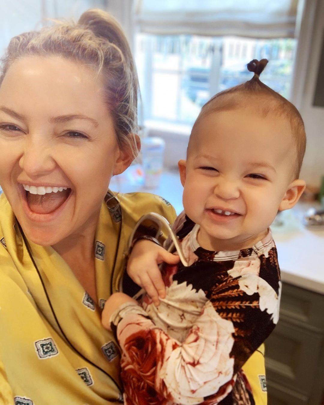 凱特哈德森前年3度當媽,常在社群網站分享女兒的萌照。(翻攝自凱特哈德森IG)