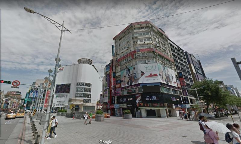 今日下午警方在西門町一民宿尋獲3名日前入境台灣的失蹤港人。(翻攝自GoogleMap)
