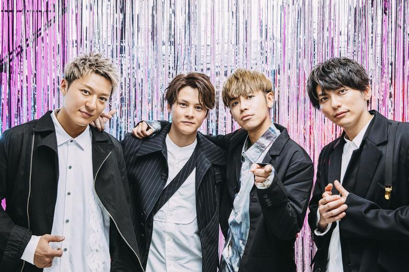 鼓鼓與Lead一同練舞及拍攝MV,默契十足讓人以為是4人團體。(相信音樂提供)