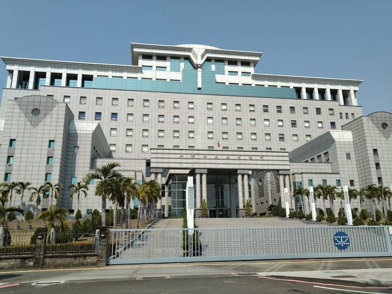 性侵案假釋中的蔡男與未滿14歲姊妹花發生性關係,被台南地院法官判處五年徒刑。(資料照片)