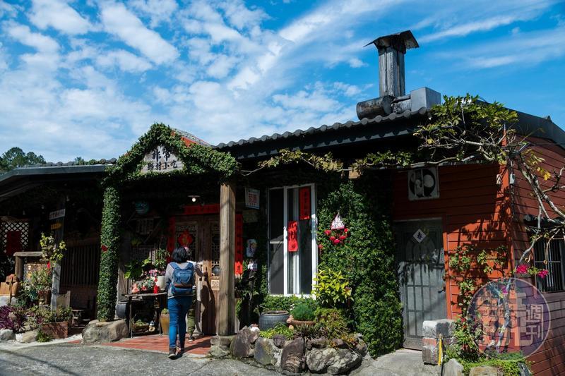 「非常鄉村小吃」是在地經營約27年的老字號客家小館。