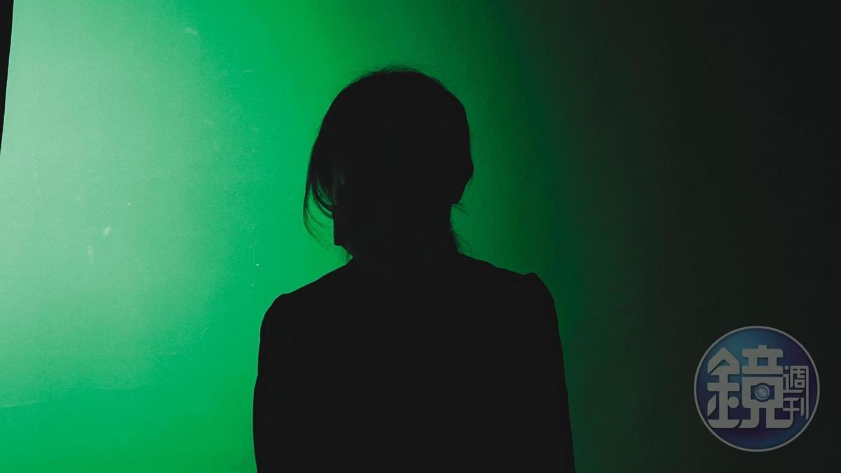 女模小瑜冒著生命危險,花了1個月,終於從寮國逃回台灣。