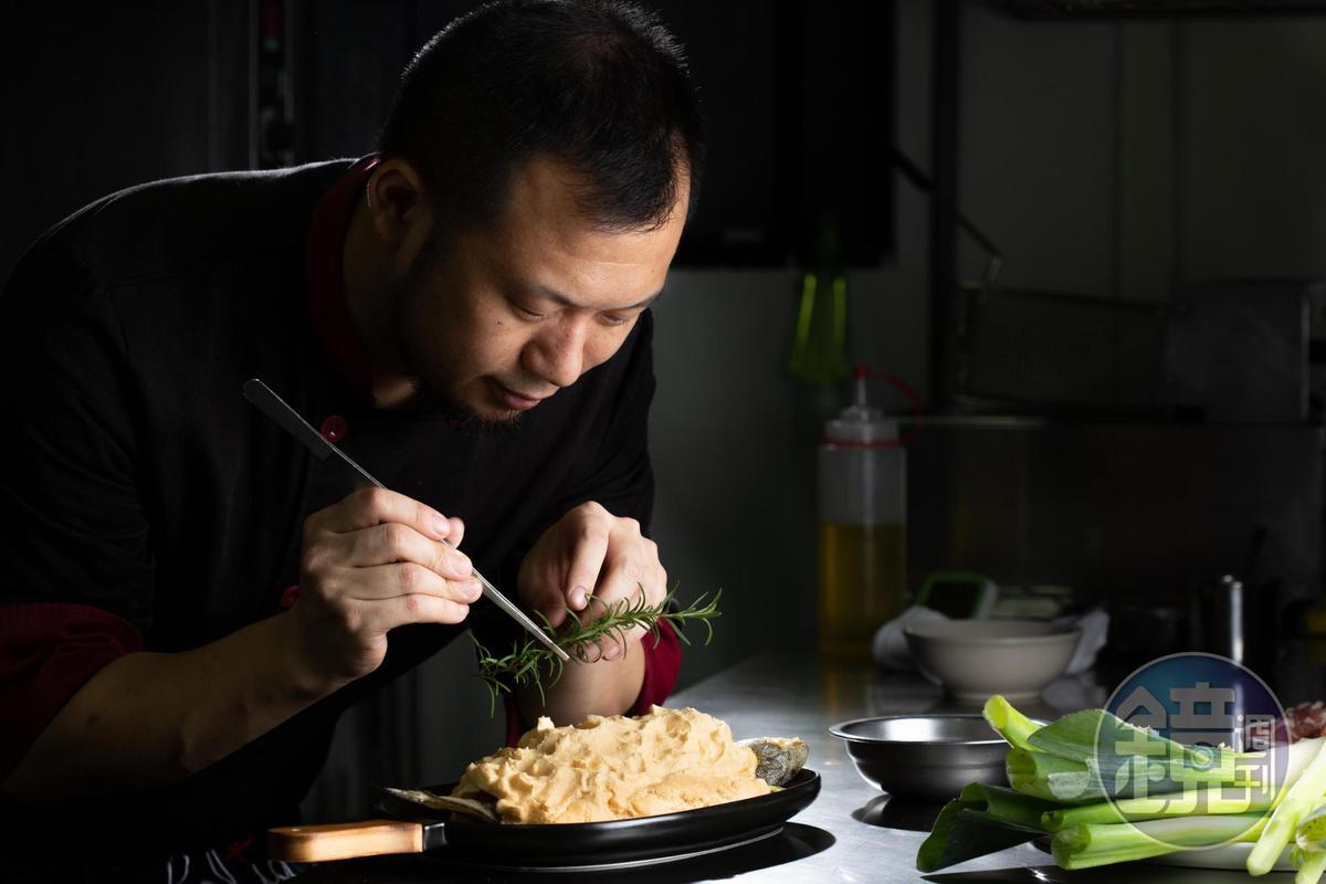 老布曾因好廚藝到中國發展多年,因為想和太太Apple回歸家常本味,回到台灣開了A.B HOUSE。
