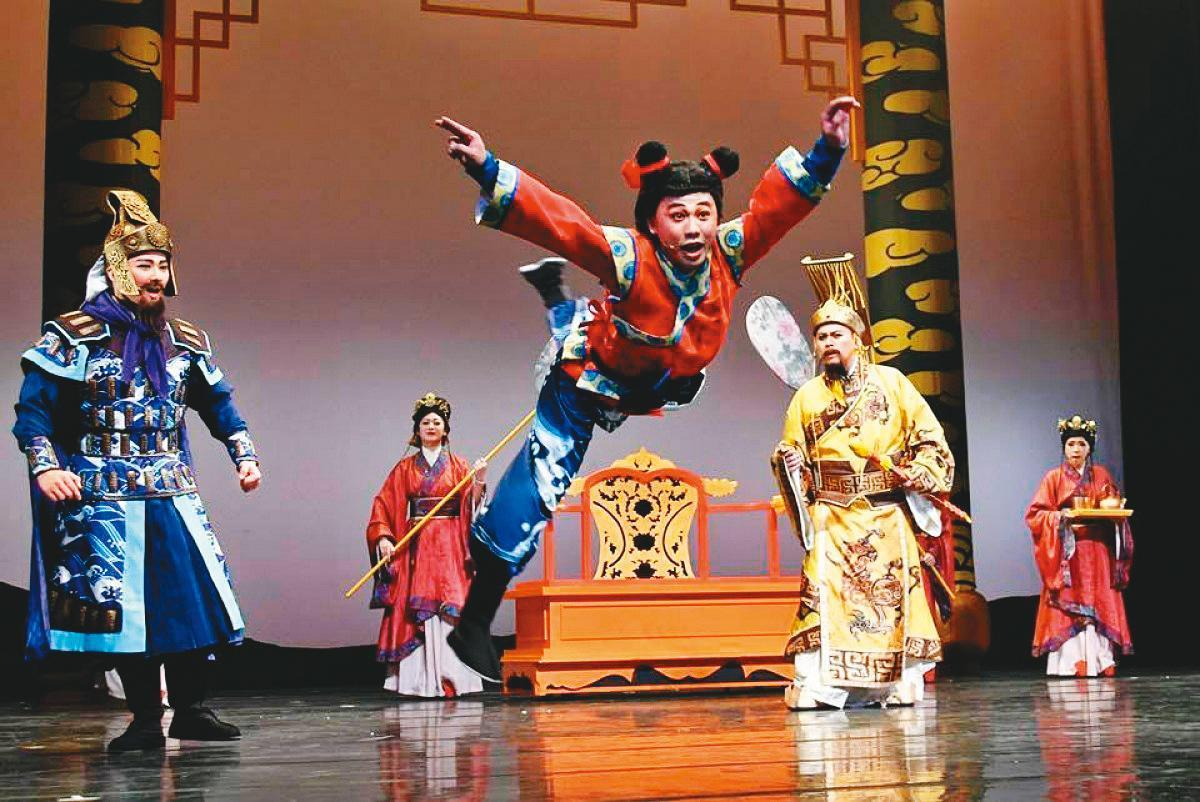 3年前紙風車劇團將《諸葛四郎》改編為舞台劇,促成電影版誕生。(紙風車劇團提供)