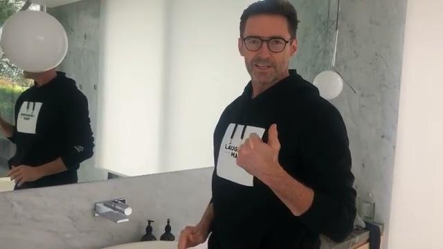 休傑克曼呼籲大家勤洗手,可惜還是忽略了一點小細節。(翻攝自休傑克曼IG)