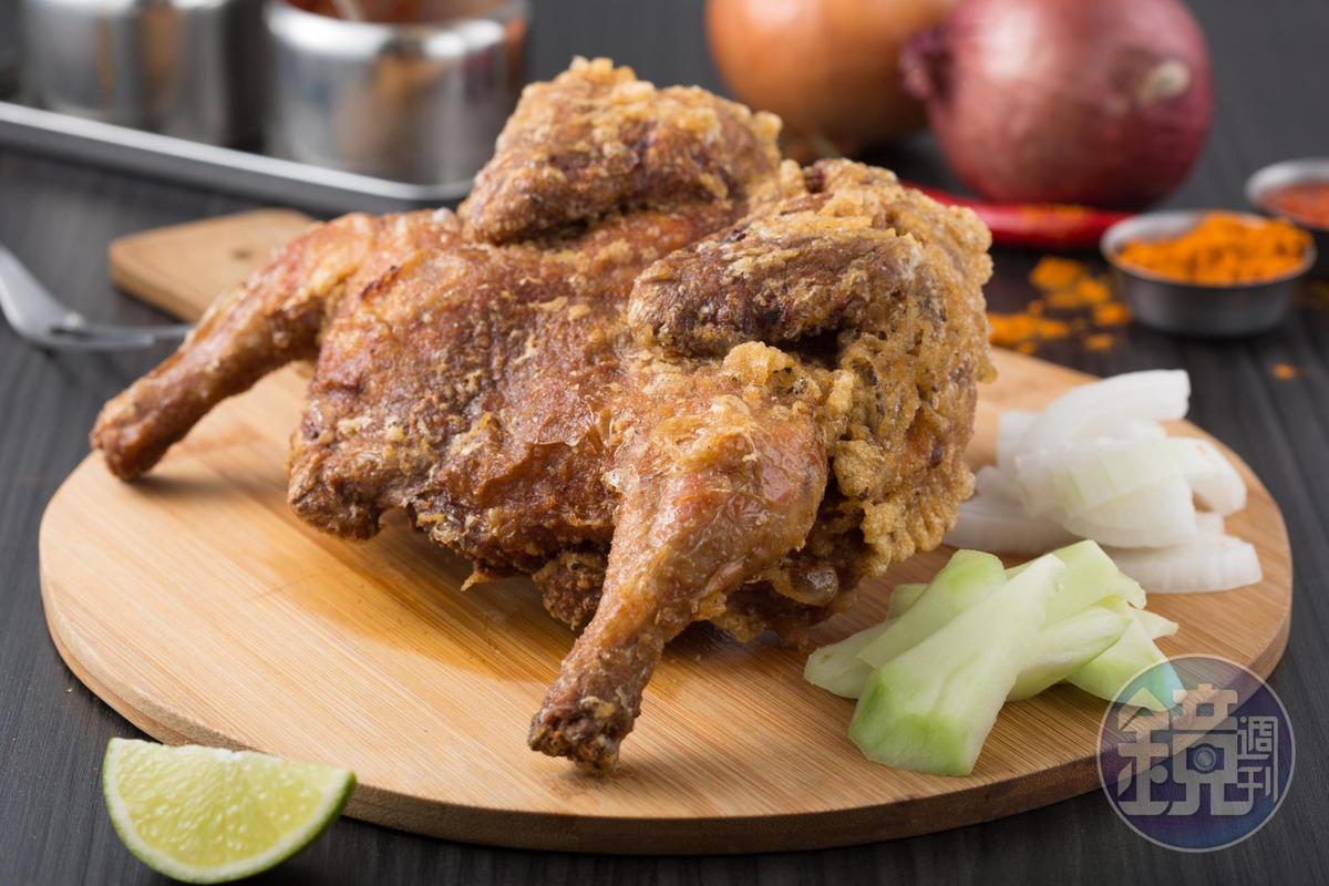 「黃金春雞」外皮酥脆不油,鮮甜雞汁緊鎖肉中,雞肉軟嫩不柴,香料味濃郁。(380元/整隻)