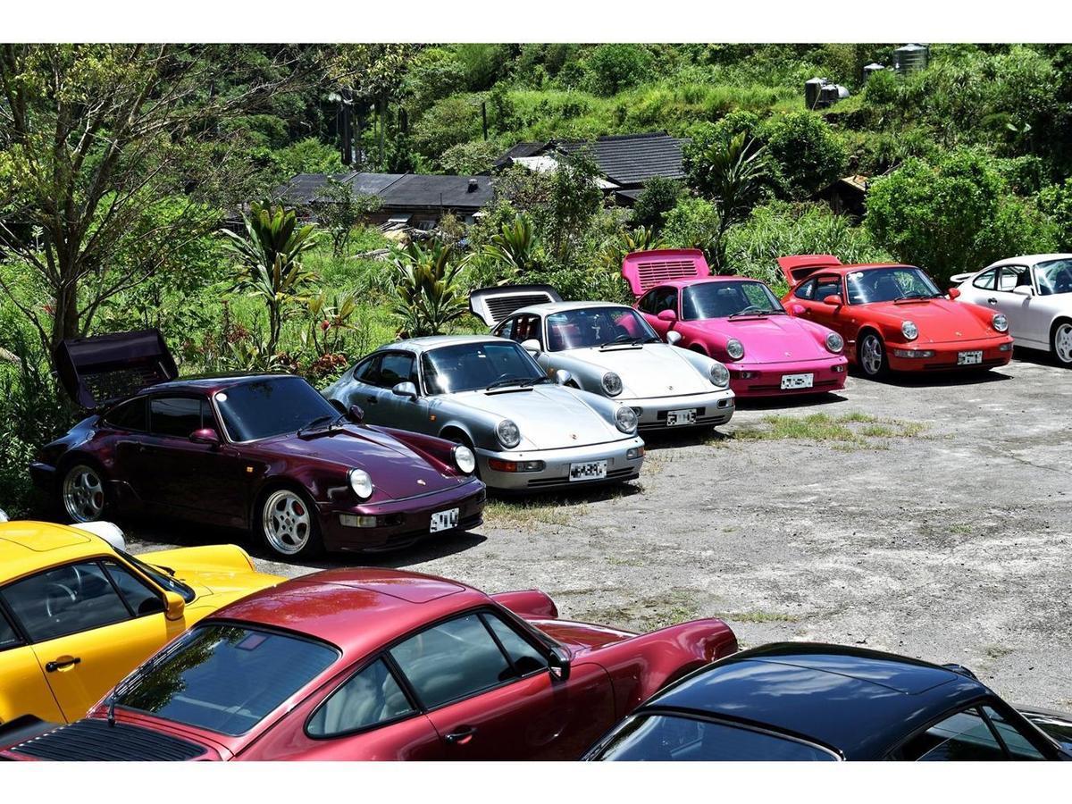 會員資格限定擁有停產十年以上的保時捷車款車主,而半數俱樂部成員更同時擁有2部經典保時捷超過十年以上。