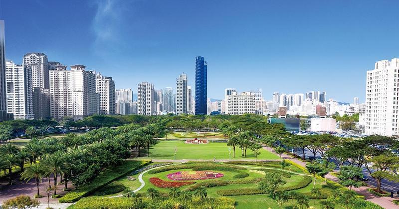 「華人滙」為38層樓的摩天制震豪宅,是農十六特區的矚目地標。